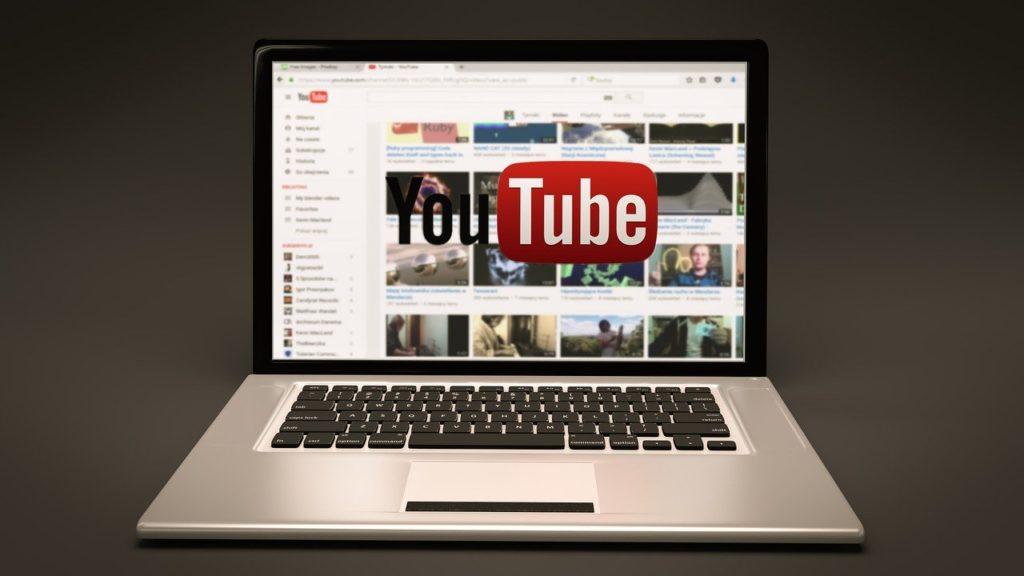 趣味でも違法に?公務員がユーチューブ(YouTube)で気をつけること