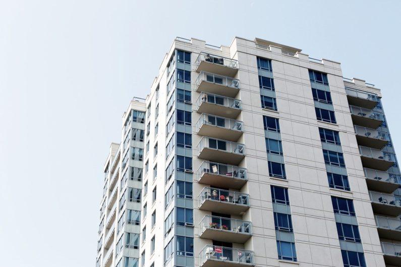 公務員のアパート経営・マンション経営が違法になるケース?